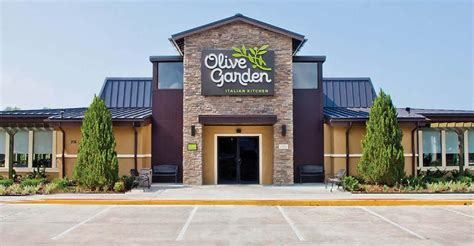darden shows that u s doesn t need more olive gardens gadfly national real estate investor