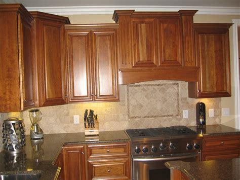 kitchen colors with oak cabinets and black countertops kitchen quartz countertops with oak cabinets quartz