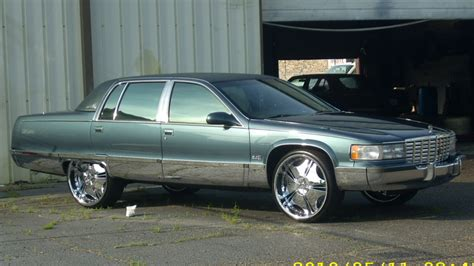 1996 Cadillac Fleetwood by Hitz4life 1996 Cadillac Fleetwood Specs Photos