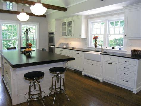 modern kitchen decor 4 warm and luxurious modern farmhouse decor ideas