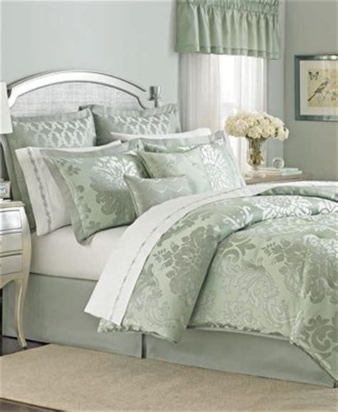 martha stewart 24 comforter set closeout martha stewart collection regal damask 24