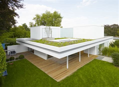 Simple House With Garden the distinct and simple rooftop garden of house s home