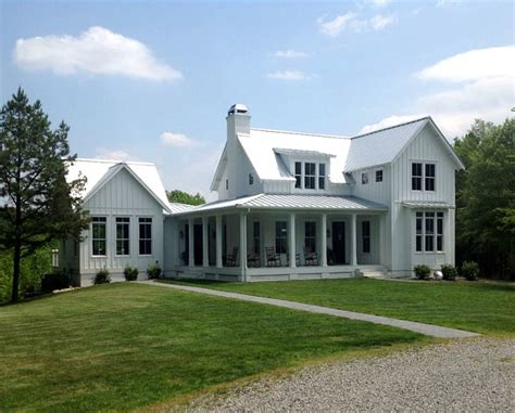 farmhouse or farm house a modern farmhouse for sale in carolina hooked on