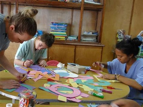 volunteer craft projects photo galleries projects abroad