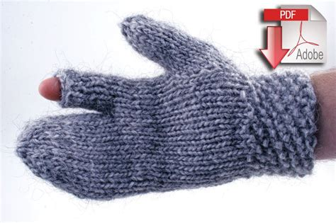 knitting patterns bulky yarn guard s gauntlet bulky weight wool pattern