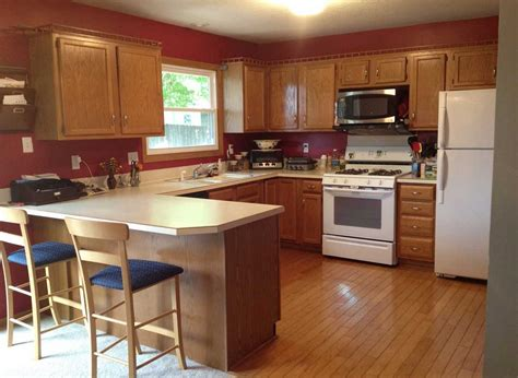paint colors for kitchen cabinets with black appliances kitchen paint colors with oak cabinets and black