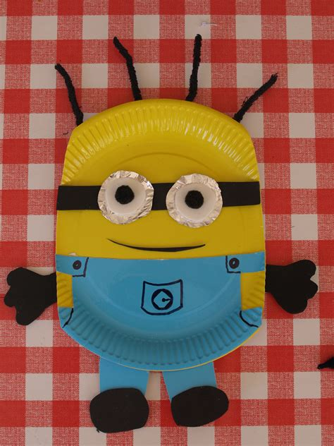 Paper Plate Minion Craft Here Come The