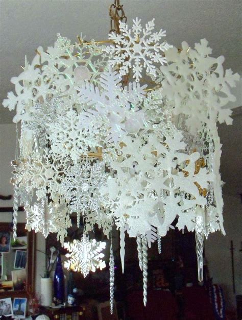 chandelier decorations best 25 chandelier decor ideas on