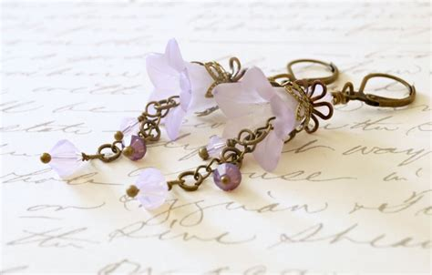 lucite for jewelry violet lucite flower earrings sahetah s jewelry