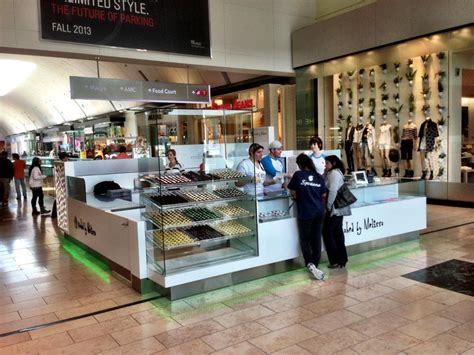 Garden State Plaza Open Baked By Garden State Plaza Now Open Boozy Burbs