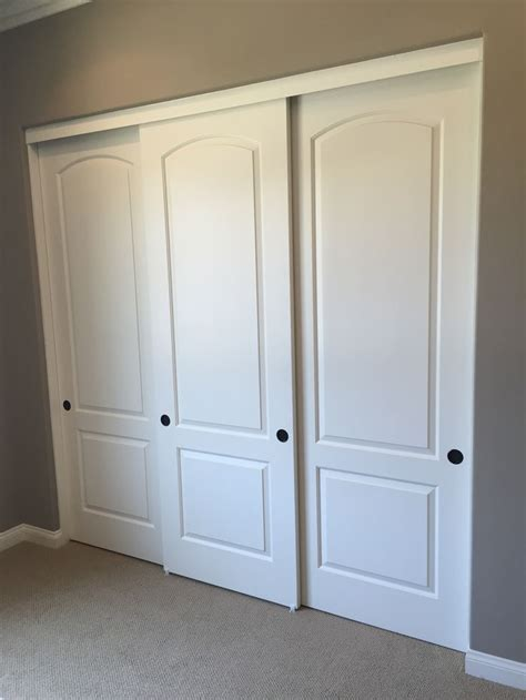 sliding barn style closet doors best 25 sliding closet doors ideas on diy