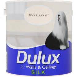 glow in the paint dulux dulux silk 2 5l stax trade centres