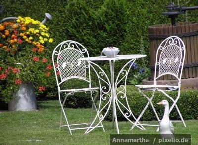 Der Unwiderstehliche Garten by Der Unwiderstehliche Reiz Gartenm 246 Beln Aus Metall