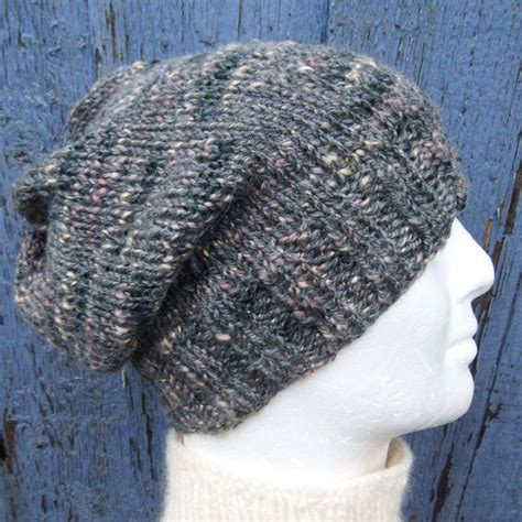 how to knit a beanie with needles knitting pattern charleymans slouch beanie easy by romeoromeo