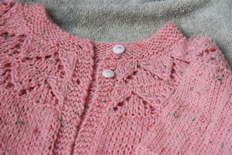 baby sweater knitting patterns in knitting baby sweaters cpeezers at home