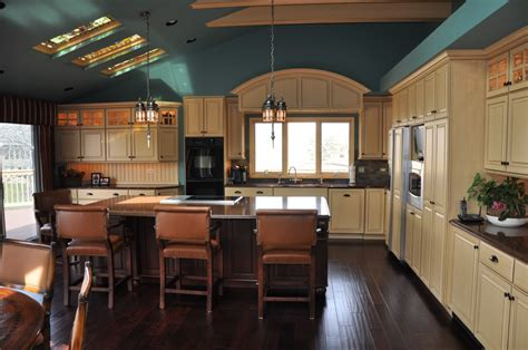 choosing paint colors for kitchen cabinets choosing your kitchen colors cabinets by graber
