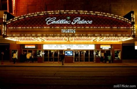 Cadillac Theatre Box Office by Going To The Theatre In Downtown Chicago A Guide