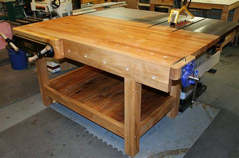 woodworkers table workbench doubles as table saw out feed table why don t