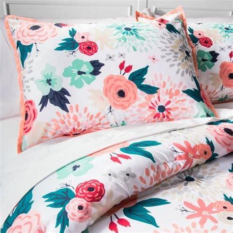 size floral comforter sets 1000 ideas about comforter sets on