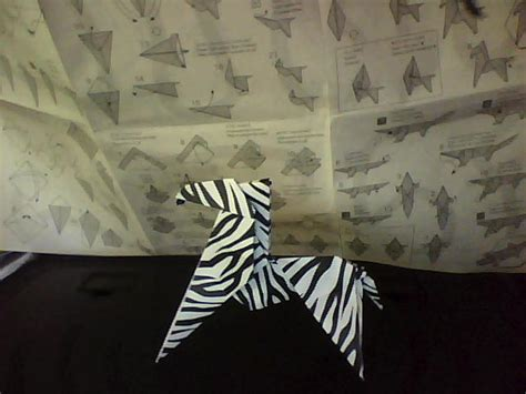 origami zebra origami zebra for real by funquisha on deviantart
