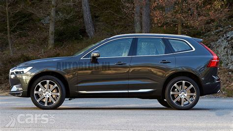 Volvo Xc 60 by New Volvo Xc60 Leaks Ahead Of Its Geneva Debut Cars Uk