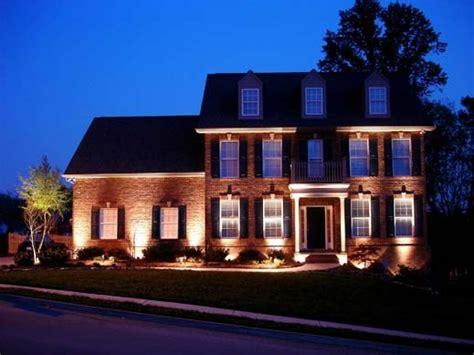outdoor house lights ecco come dovrebbe essere una illuminazione della casa