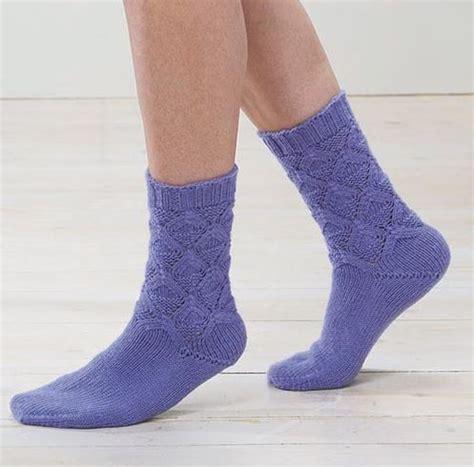 knit socks lotus blossom knit socks allfreeknitting