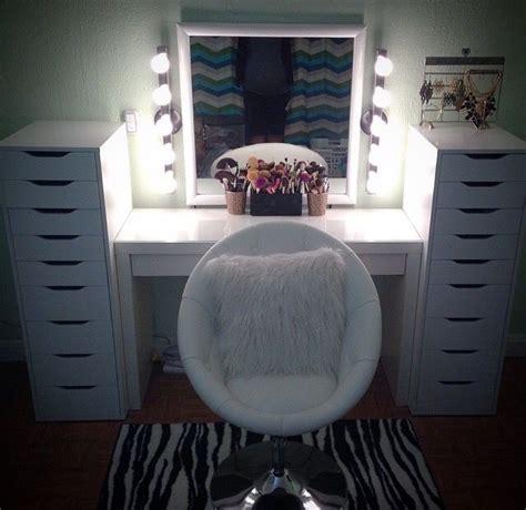 Anthropologie Bedroom Ideas best 25 vanity chairs ideas on pinterest makeup chair