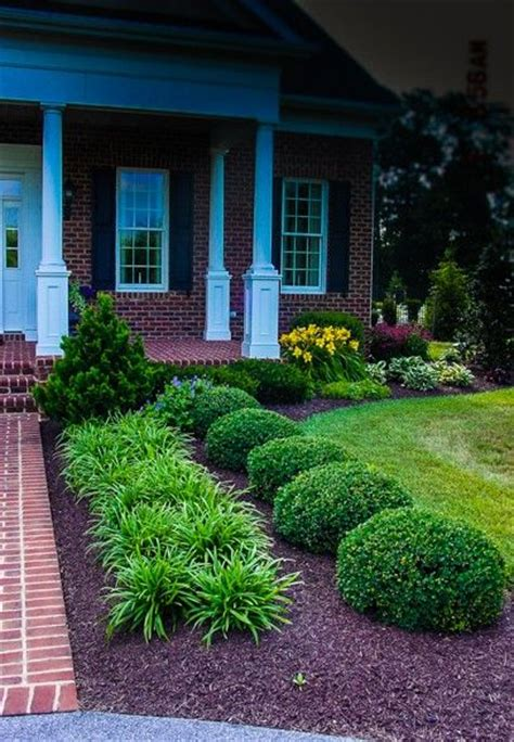 beautiful yards 25 best ideas about small front yard landscaping on