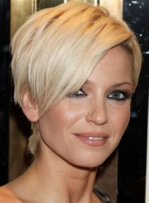 wedge haircuts for thick hair short stacked wedge haircut long hairstyles