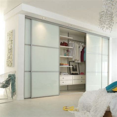 small closet door ideas best 25 sliding closet doors ideas on diy