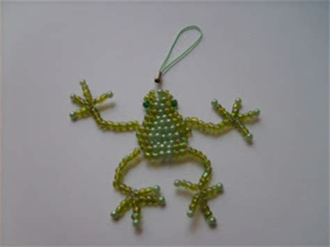 beaded frog the witch crafter beaded critters
