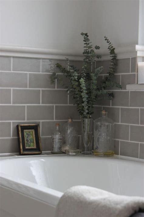 Bathroom Tile Flooring Ideas For Small Bathrooms best 25 small bathroom tiles ideas on pinterest