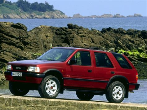 view of opel omega 2 5 td photos features and view of opel frontera 2 5 td photos features and