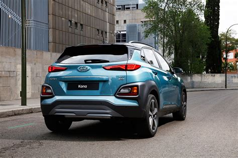 Hyundai Cars by New Hyundai Kona Suv Specs Details Photos By Car Magazine