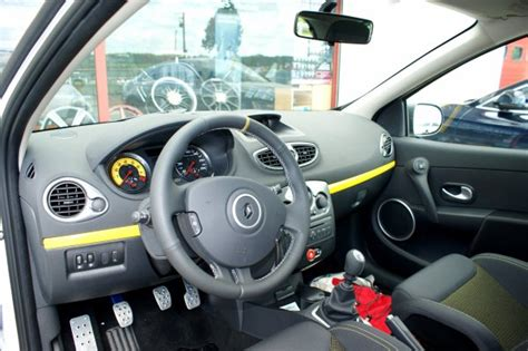 int 233 rieur clio 3 rs cup tuning magasin situ 233 224 parville 27180