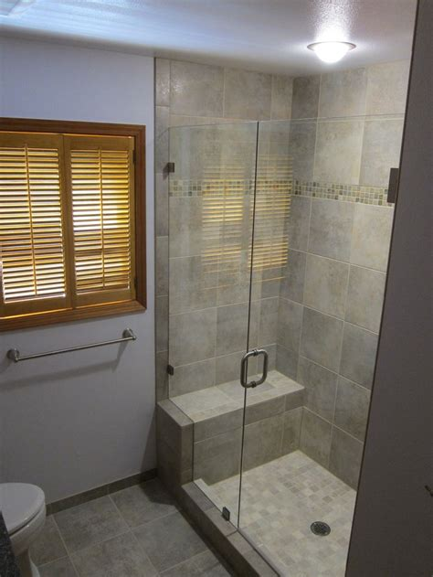 pictures of walk in showers in small bathrooms best 20 small bathroom showers ideas on small