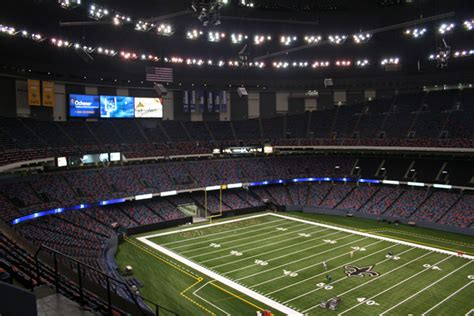 Where Is The Mercedes Superdome by The Mercedes Superdome New Orleans Attraction