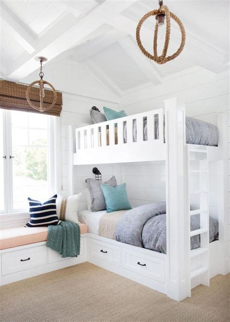 how to make built in bunk beds best 25 bunk bed ideas on wooden bunk beds