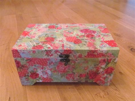 what is decoupage decoupage modroc