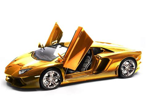 Gold Lamborghini Aventador Photo 3 13337