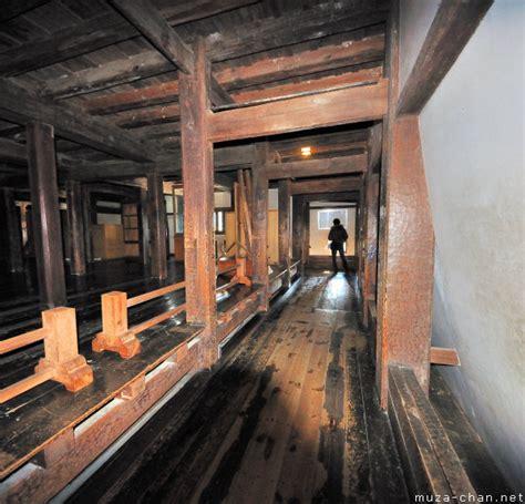 inside passage woodworking white tigers inside a japanese castle 171 jmledwellwrites