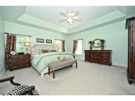 sherwin williams paint store ontario ca 25 best ideas about broyhill bedroom furniture on