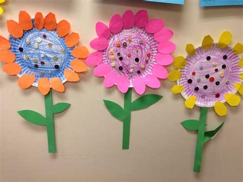 paper plate flower craft paper plate flowers littlehandsbigplans crafts
