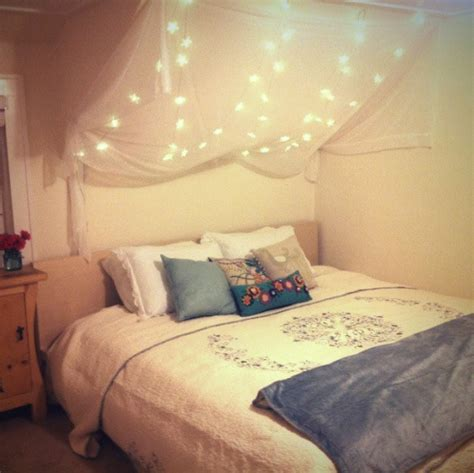 lights for a bedroom 28 string lights ideas for your d 233 cor digsdigs