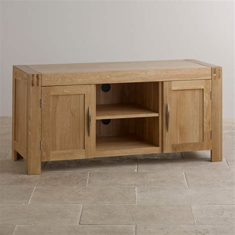 solid oak tv cabinet alto tv cabinet in solid oak oak furniture land