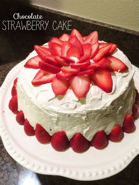 images of cakes decorated best 25 strawberry cake decorations ideas on