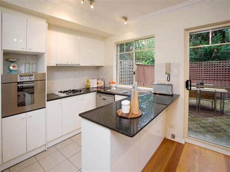 small kitchen flooring ideas u shaped kitchen floor plans fresh kitchen ideas for small kitchens u shaped kitchen floor plans