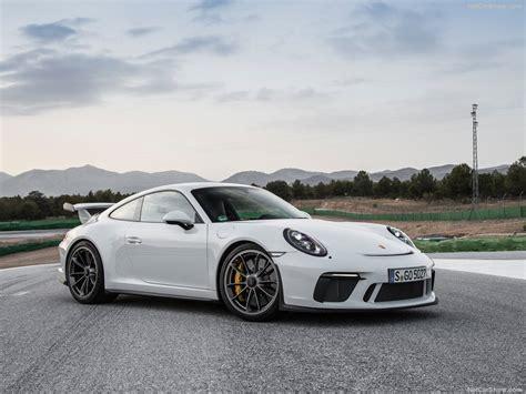 Porsche 911 Gt3 by 2018 Porsche 911 Gt3