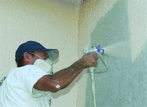 spray painter contract exterior spray paint contractors masonry wood